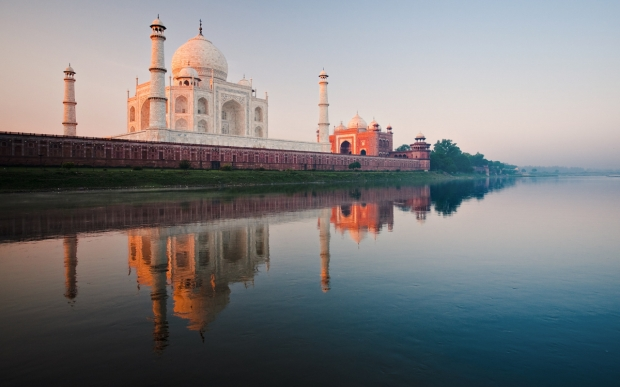 taj-mahal-wallpaper-desktop-background-wallpapers-1